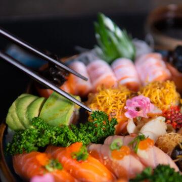 Que tal um sushi Black Label?