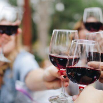 Vamos democratizar o vinho?             Uma entrevista exclusiva com                   o CEO da Fabenne