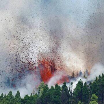 Cinco mil pessoas são removidas devido a erupção de vulcão na Espanha